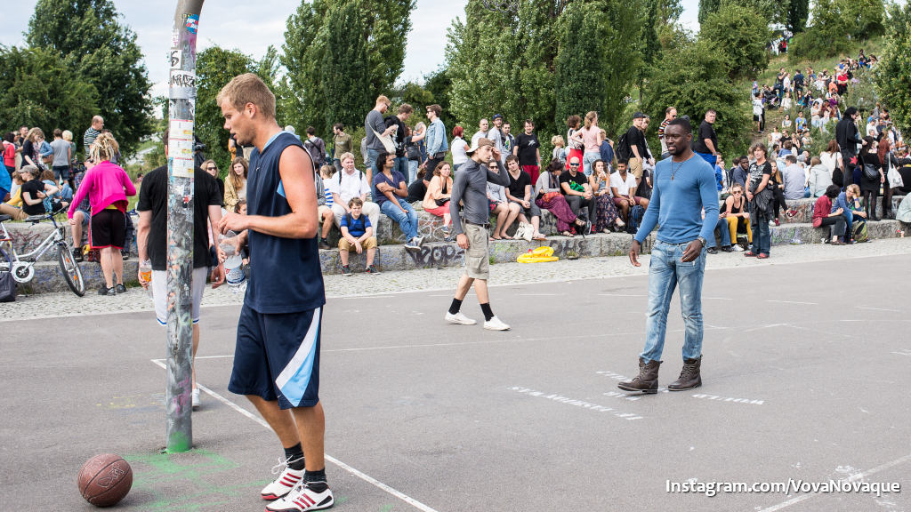 Where to go in Berln to play basketball