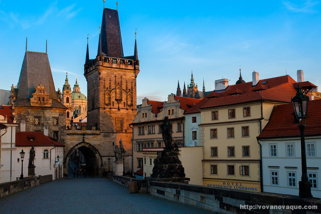 Charles Bridge Best Time to visit