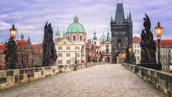 interesting facts about Charles Bridge in Prague