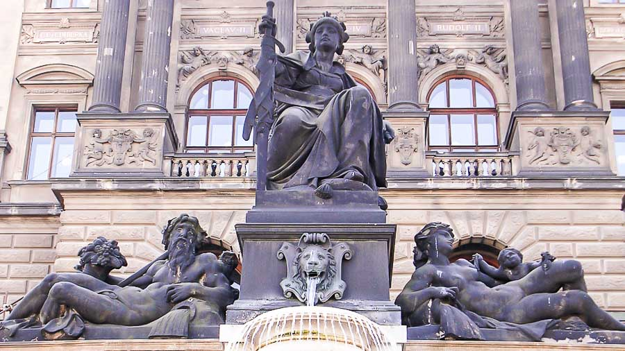 Statues at the entrance to the National Museum of Prague
