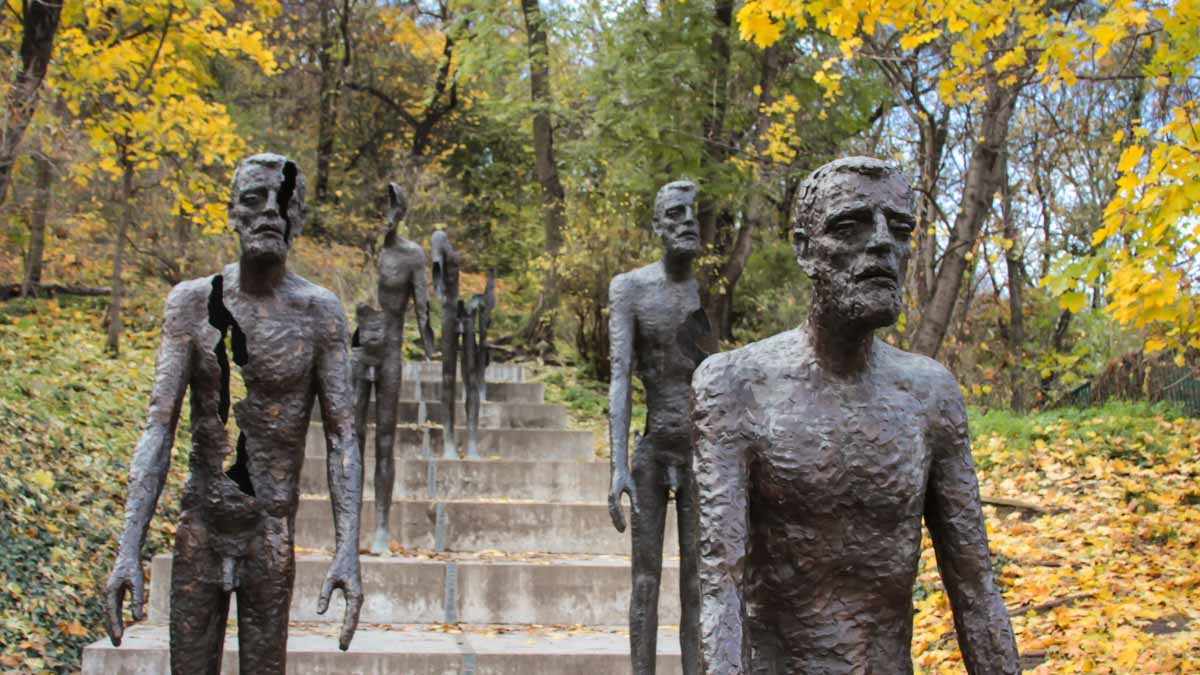 What to see on Petrin Hill in Prague