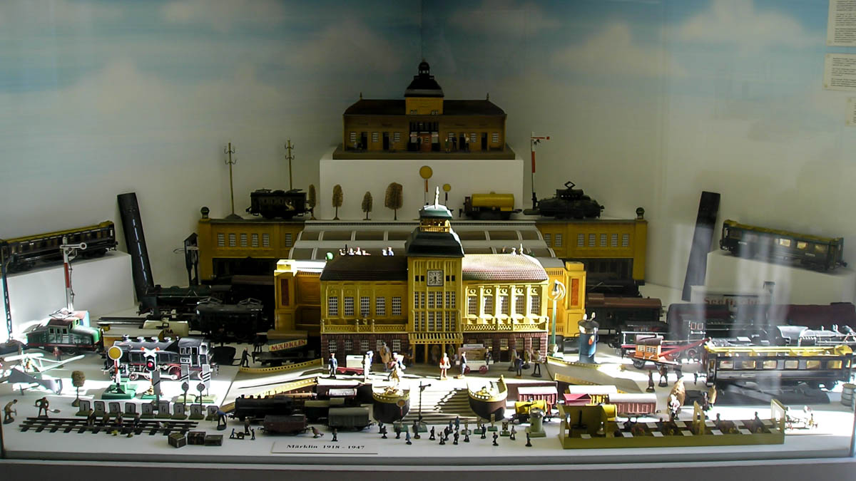rainy prague - museum of toys