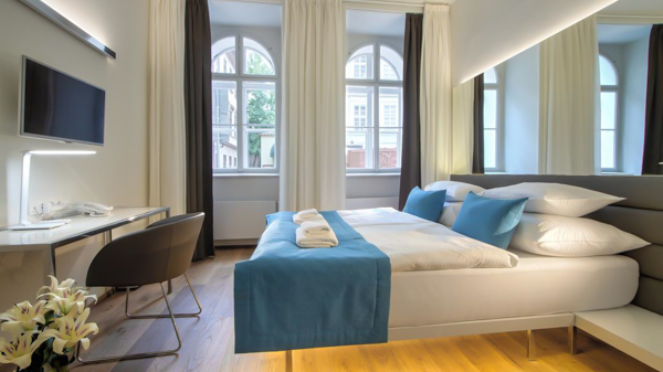 Best 4 star hotels in prague the top 10 list in the city for Hotel design hotel jewel prague