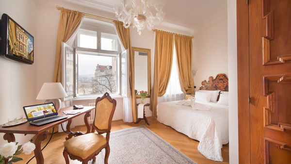 hotels near the Charles Bridge Charles Bridge Palace