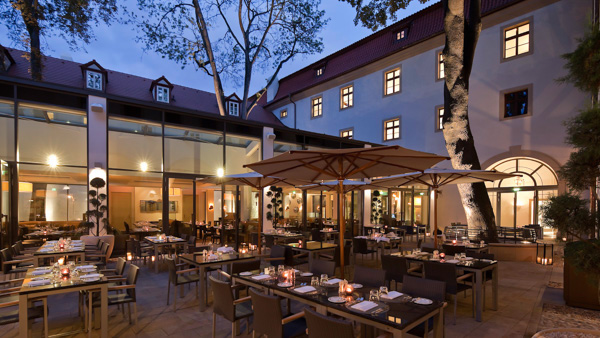 best czech restaurants in Prague Elegantes