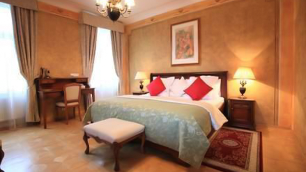 hotels near the Charles Bridge U Jezulatka