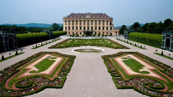 day trips from Prague to vienna